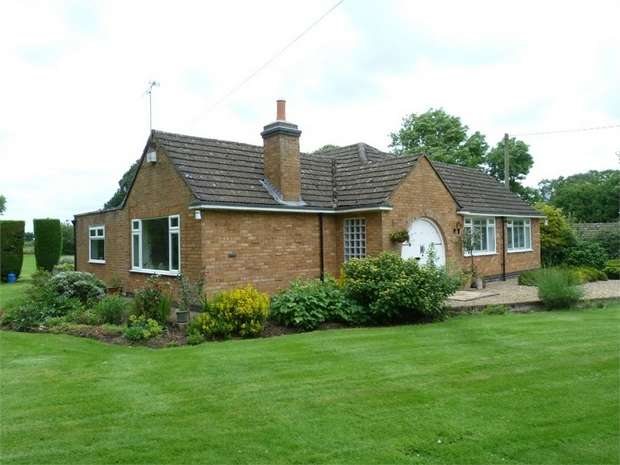 3 Bedrooms Detached Bungalow for sale in Cotesbach