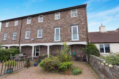 4 Bedrooms Terraced House for sale in Mulberry Close, Conwy, North Wales, LL32
