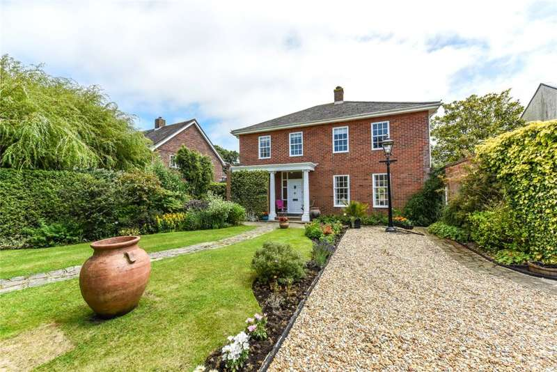 4 Bedrooms Detached House for sale in Royce Way, West Wittering, Chichester, West Sussex, PO20