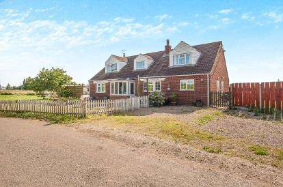 5 Bedrooms Detached House for sale in Lady Lane, Wainfleet, Skegness, Lincolnshire