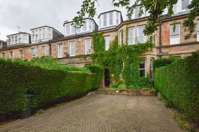 6 Bedrooms Terraced House for sale in 23 Spring Gardens, Abbeyhill, Edinburgh, EH8 8HU