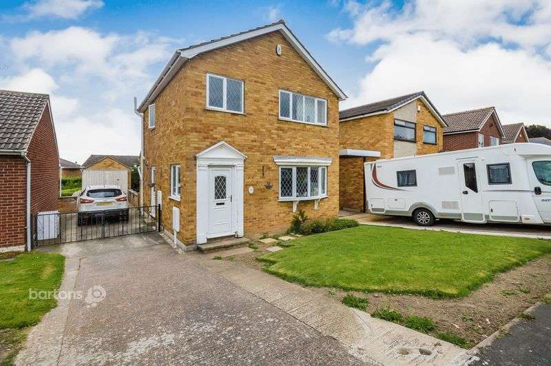 3 Bedrooms Detached House for sale in Manor Farm Drive, Swinton, Rotherham