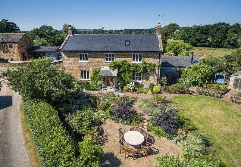 3 Bedrooms House for sale in Sea, Ilminster