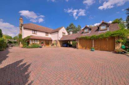 House for sale in St. Ives Road, Hemingford Grey, Huntingdon, Cambridgeshire