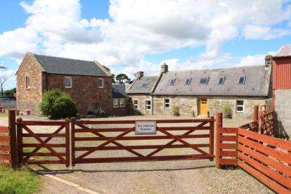 4 Bedrooms Detached House for sale in Carluke, South Lanarkshire