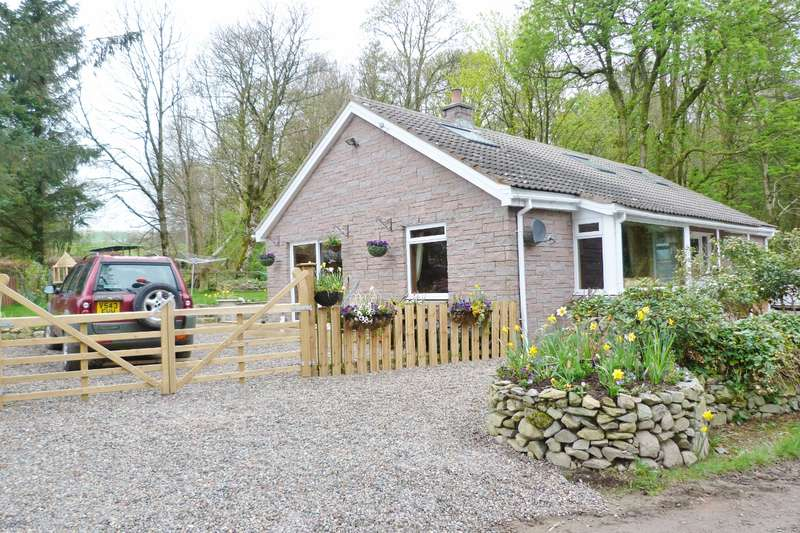 3 Bedrooms Detached House for sale in Whispering Trees, MONIAIVE