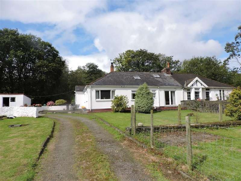 4 Bedrooms Property for sale in Caemaen, Bryncoch