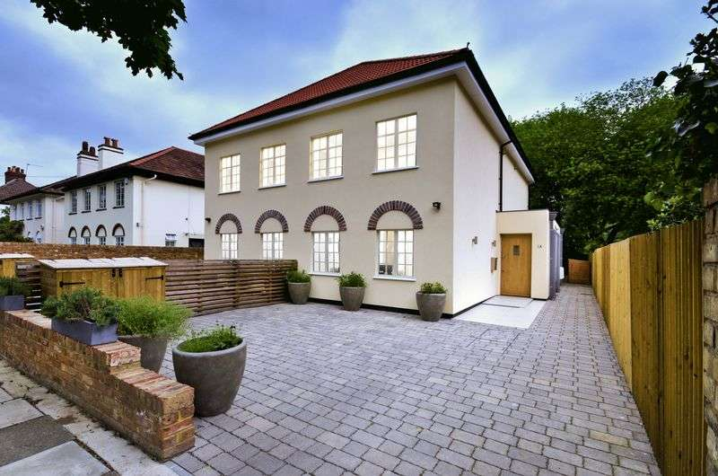 5 Bedrooms Semi Detached House for sale in Arlington Road, Twickenham