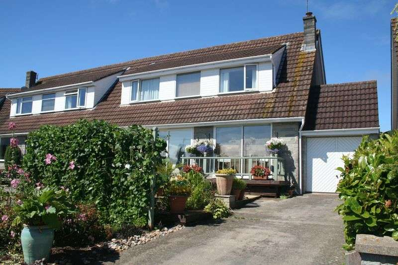 3 Bedrooms Semi Detached House for sale in Whitegate Close, Bleadon, BS24 0PW