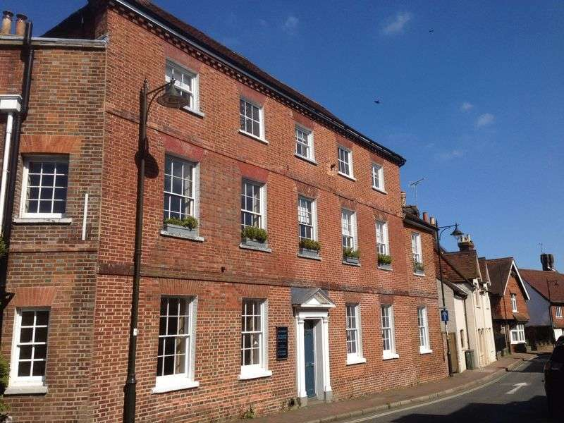 3 Bedrooms House for sale in East Street, Petworth, West Sussex