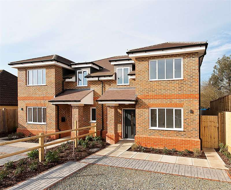 4 Bedrooms Semi Detached House for sale in Orchard Way, Addlestone, Surrey, KT15