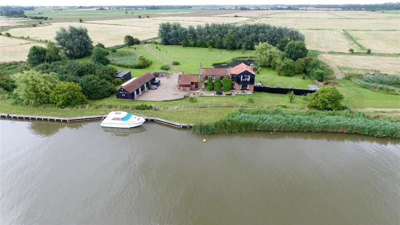 5 Bedrooms House for sale in Acle