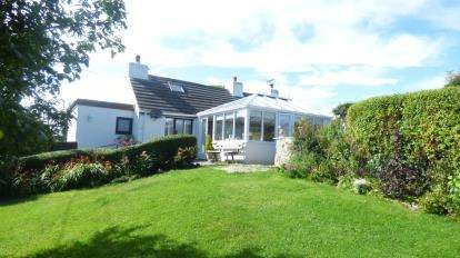 3 Bedrooms Detached House for sale in Rhosgoch, Amlwch, Ynys Mon, Anglesey, LL66