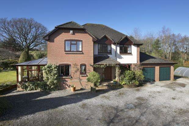 4 Bedrooms Detached House for sale in Venn Ottery, Ottery St. Mary, Devon