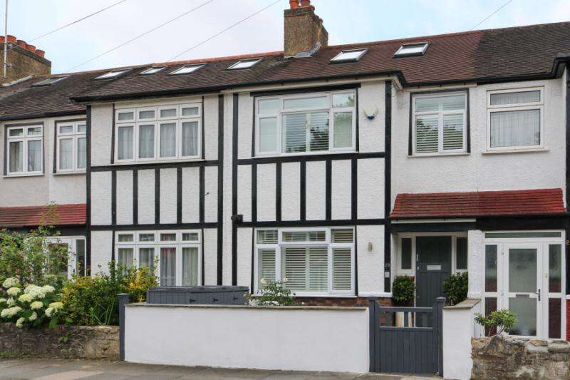 4 Bedrooms Terraced House for sale in Chase Side Avenue, London, SW20