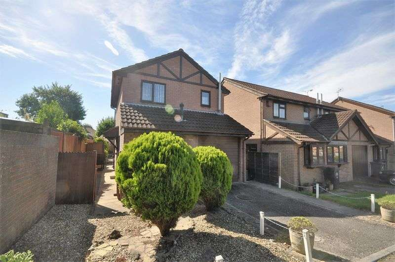 3 Bedrooms Detached House for sale in Thurstons Barton, Whitehall