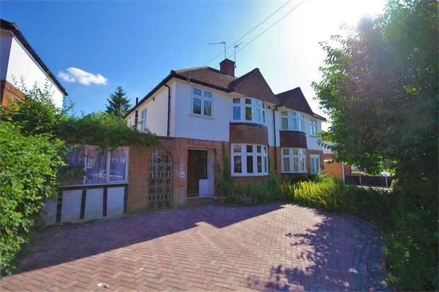 3 Bedrooms Semi Detached House for sale in Cassiobury Park Avenue, WATFORD, Hertfordshire