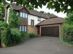 4 Bedrooms Detached House for sale in Mill Rise, Robertsbridge, East Sussex, 35 Mill Rise