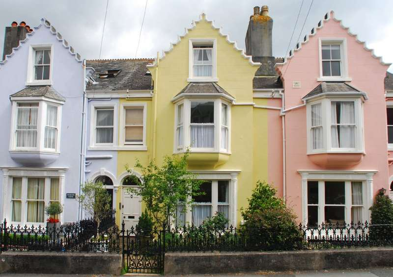 4 Bedrooms Terraced House for sale in 10 Egremont Terrace, Devon Road, Salcombe