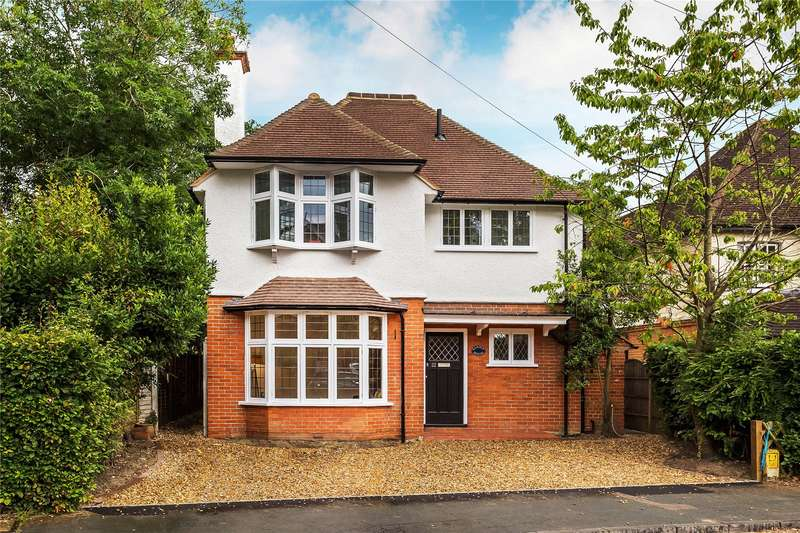 5 Bedrooms Detached House for sale in Waldens Park Road, Horsell, Surrey, GU21