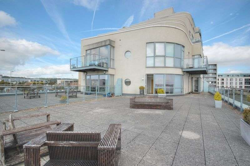 2 Bedrooms Flat for sale in Apartment 7, The Watermark, Ferry Road, Cardiff Bay, Cardiff, CF11 0JU