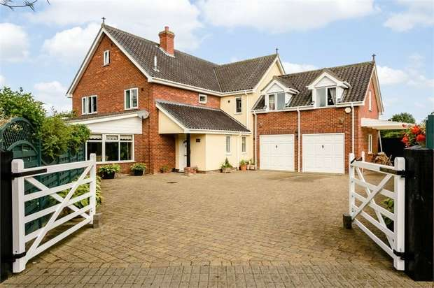 5 Bedrooms Detached House for sale in Mill Street, Gislingham, Eye, Suffolk