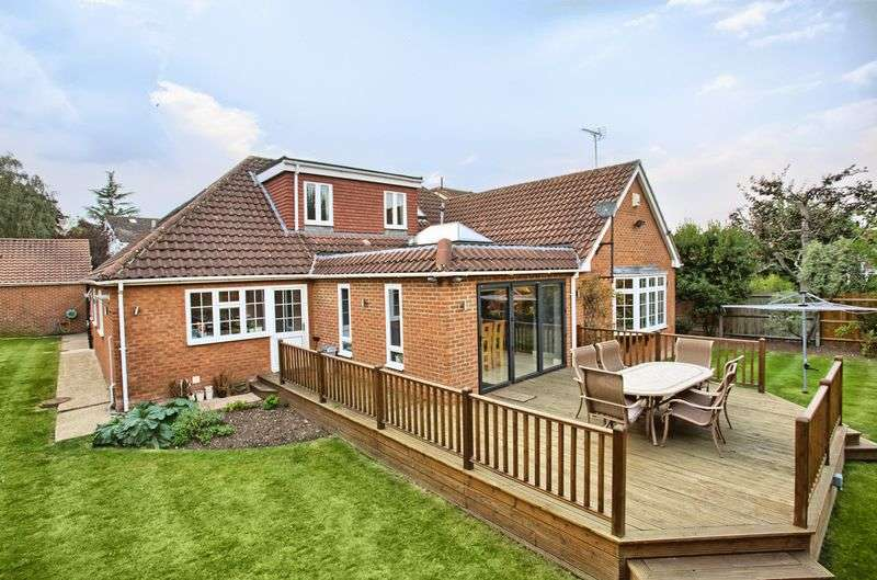 6 Bedrooms Detached House for sale in Hoddesdon, Hertfordshire