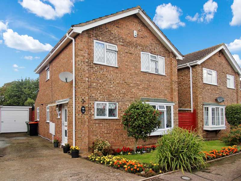3 Bedrooms Detached House for sale in Carina Drive, Leighton Buzzard