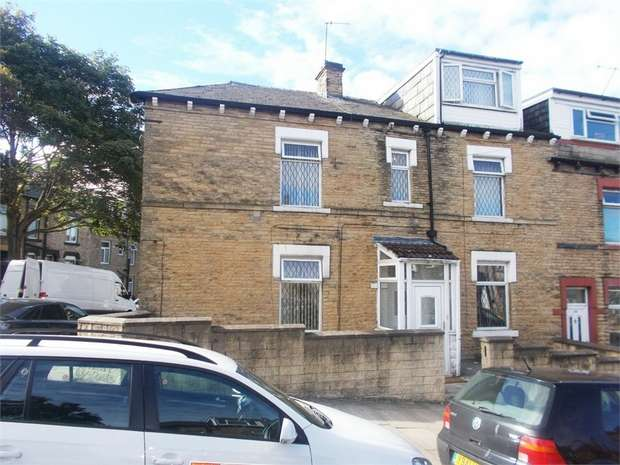 4 Bedrooms End Of Terrace House for sale in Harewood Street, Bradford, West Yorkshire