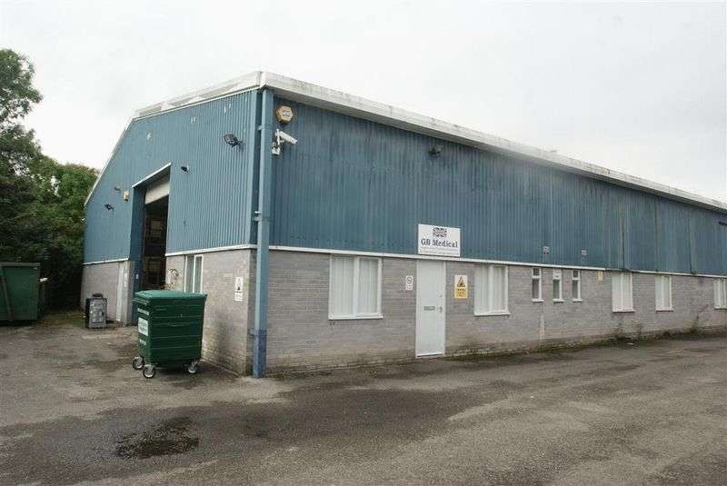 Property for sale in Edison Gate, Andover