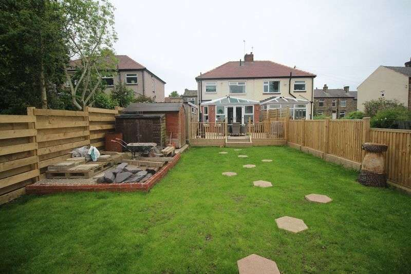 3 Bedrooms Semi Detached House for sale in Garlick Street, Brighouse