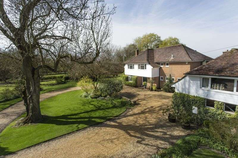 5 Bedrooms Detached House for sale in The Oaks, Sutton St. Edmund, Lincolnshire