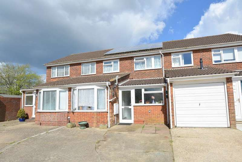 Terraced House In Moreton Road Bournemouth BH9 Bh9 3nn Throop And Muscliff