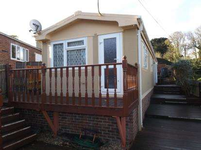 House For Sale Amp To Rent In Bh10 5db Redhill And Northbourne