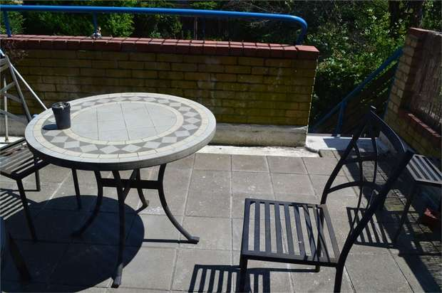 House Share in  The Grove  Isleworth  TW7  Richmond