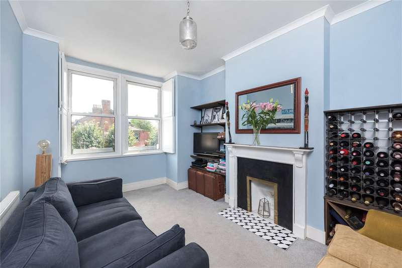 Flat in  Mellison Road  London  SW17  Richmond