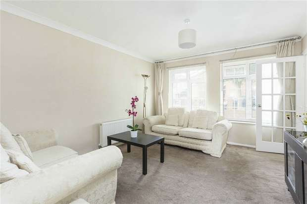 Detached house in  St Pauls Close  London  W5  Richmond