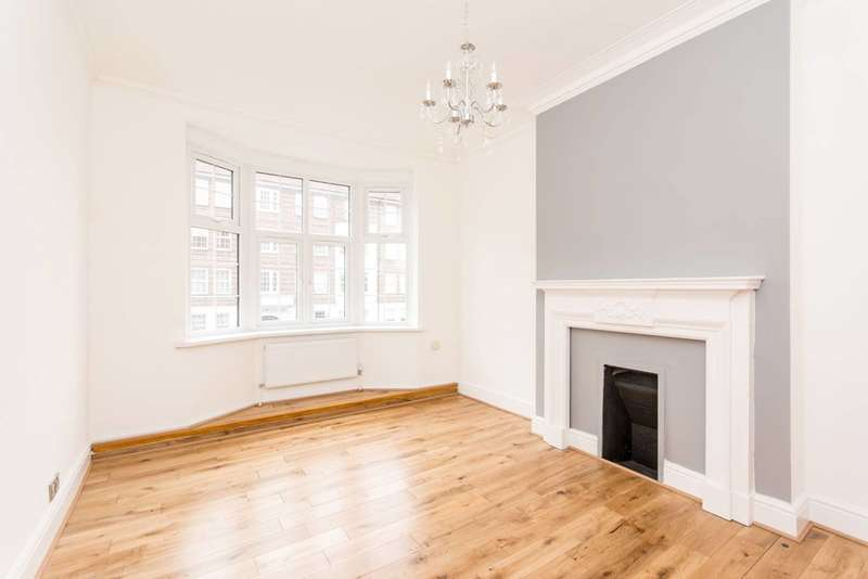 Flat in  Sidmouth Road  London  NW2  Richmond