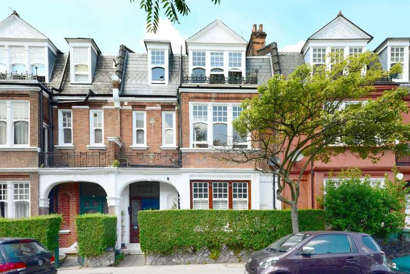 Studio in  Glenloch Road  London  NW3  Camden