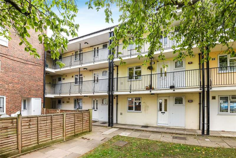Flat in  Farrier Road  Northolt  Middlesex  UB5  Richmond