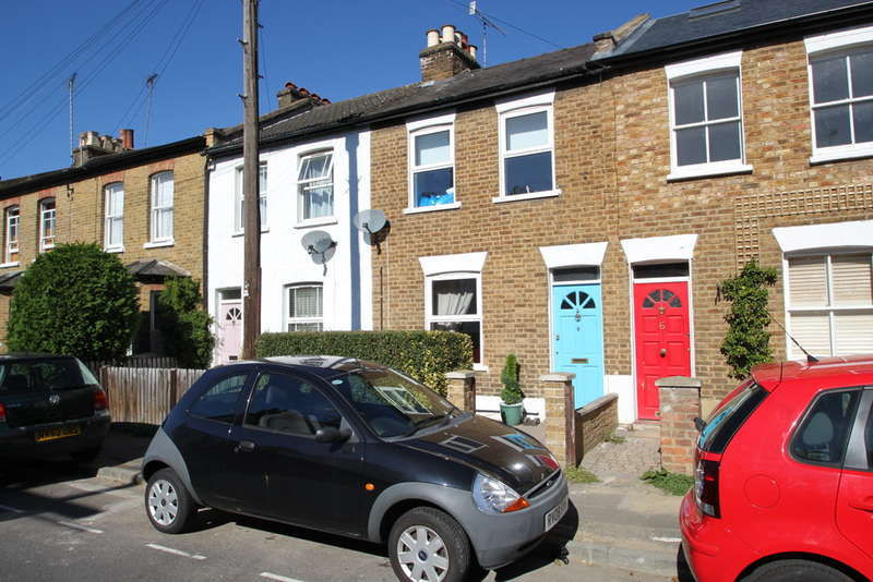 Terraced house in  Elton Road  Kingston Upon Thames  KT2  Richmond