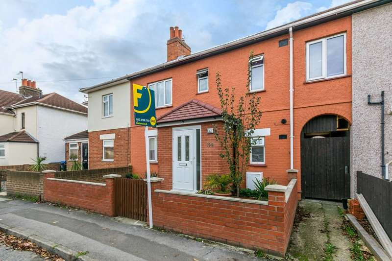 Terraced house in  Mount Road  Mitcham  CR4  Richmond