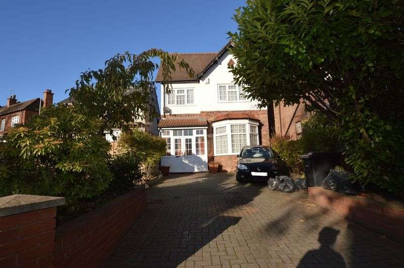 House for Sale & to Rent in b37 7qn Bickenhill