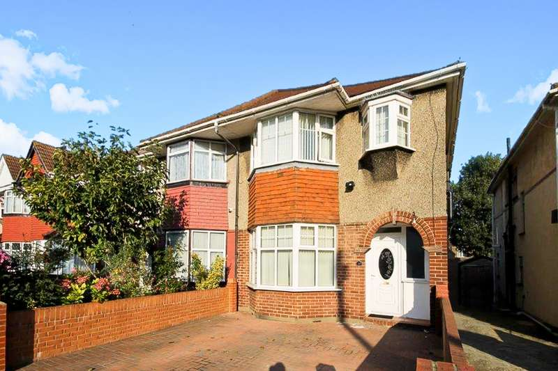 House in  Longford Avenue  Southall  UB1  Richmond