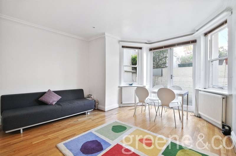 Flat in  Buckland Crescent  London  NW3  Richmond