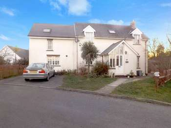 3 Bedrooms Detached House for sale in Parc Yr Eglwys, Dinas Cross, NEWPORT, Pembrokeshire