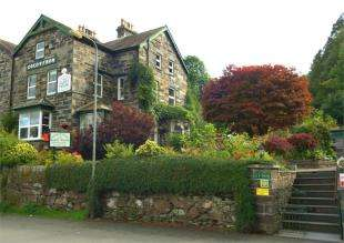 7 Bedrooms Hotel Commercial for sale in Vicarage Road, Betws-Y-Coed, Conwy, LL24