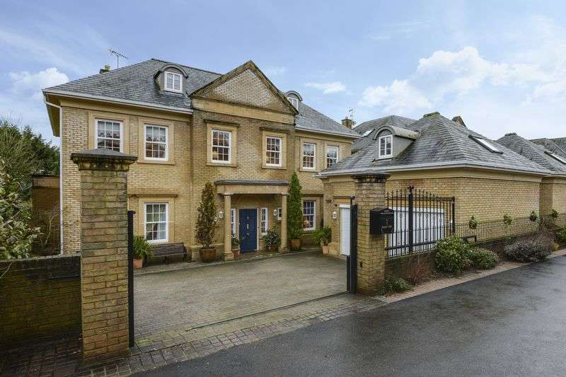 5 Bedrooms Detached House for sale in Hanley Cwrt, Usk