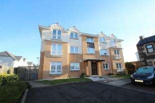 2 Bedrooms Flat for sale in Shawholm Gardens, Irvine