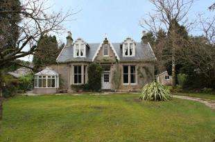 4 Bedrooms Detached House for sale in Lower Sutherland Crescent, Helensburgh